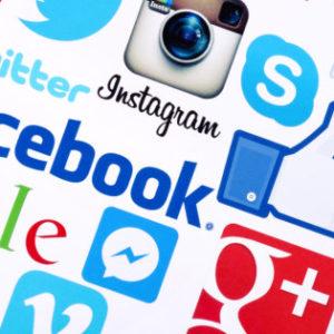 facebook humaniser communication reseaux sociaux